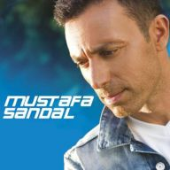 Download Mustafa Sandal's new song called Ben Olsaydim