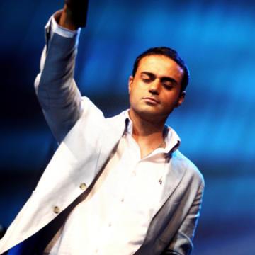Download  Hamid Hami's new song called (Akharin Sham (Live