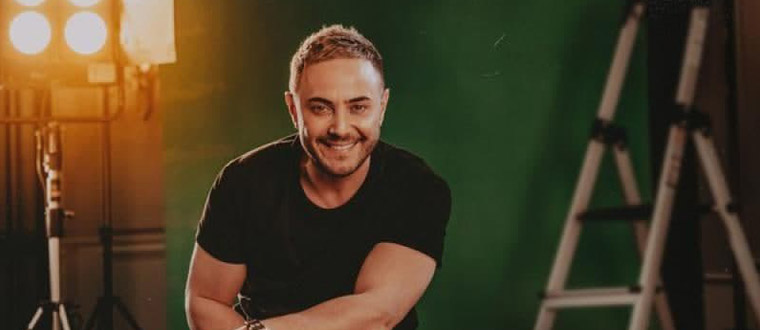 Download Naser Zeynali's new song called Ye Khabari Shode